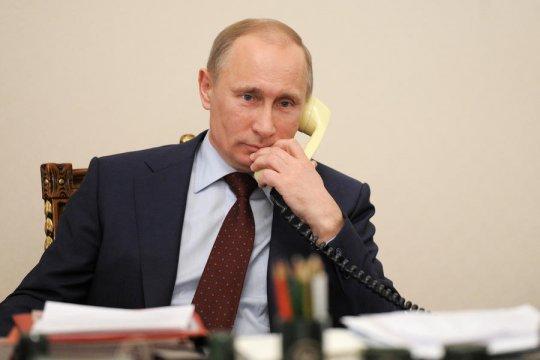 Песков раскрыл детали первого разговора Путина и Зеленского