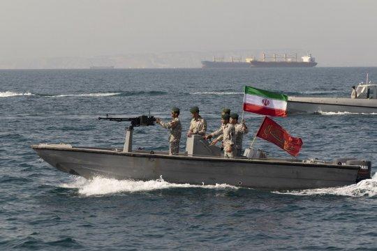 В Великобритании назвали захват судов в Ормузском проливе «актом пиратства»