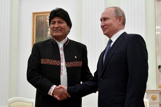 Владимир Путин принял в Кремле президента Боливии Эво Моралеса