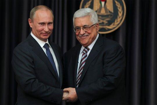 Путин провел телефонный разговор с Аббасом