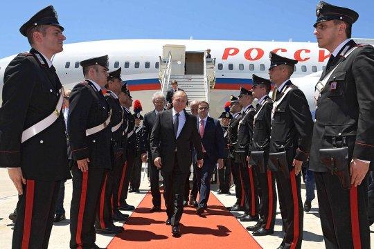 Путин прибыл в Италию