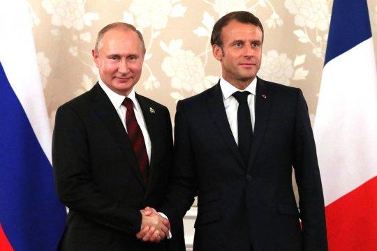 Путин обсудит с Макроном Украину, Иран и саммит по Сирии