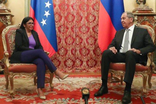 Россия будет противодействовать давлению на Венесуэлу - Лавров