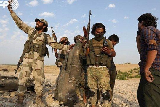 Боевиков из Сирии начали переправлять в Ливию