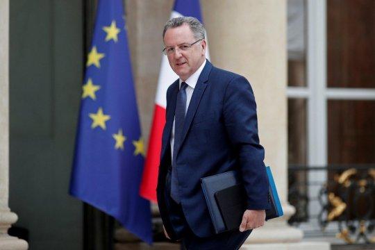 Спикеру парламента Франции предъявили обвинения по уголовному делу