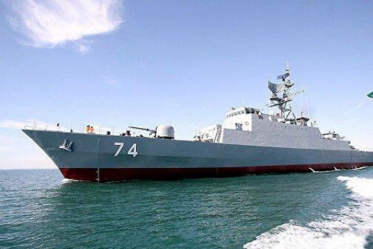 На совместные военно-морские маневры Иран ждет Россию и Китай
