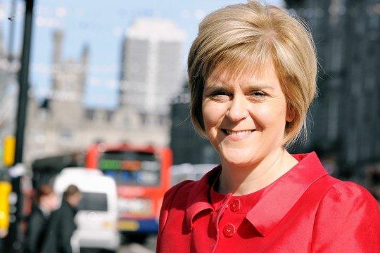 Первый министр Шотландии выступила за проведение нового референдума о независимости от Великобритании