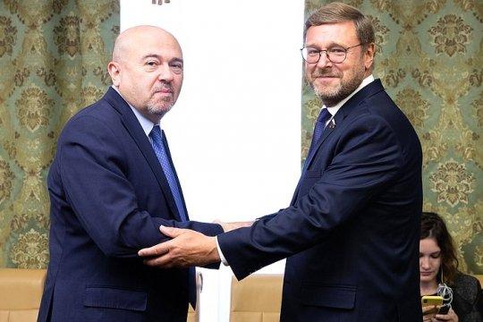 Косачев провел встречу с послом Израиля