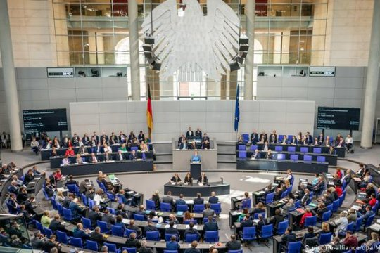 В бундестаге отклонили предложения об отмене антироссийских санкций