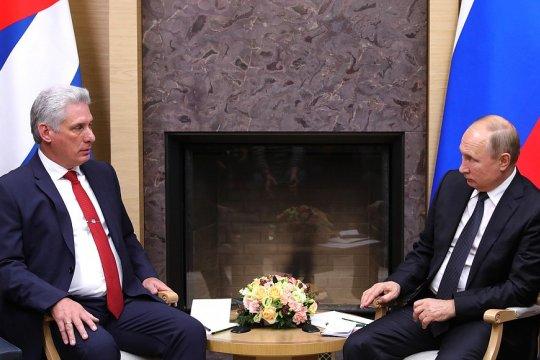 Путин провёл переговоры с кубинским коллегой Бермудесом