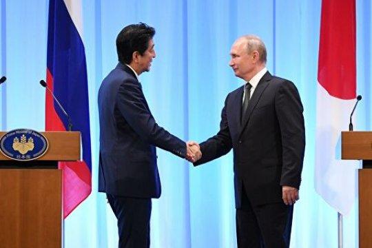 Абэ заявил о желании «прийти к расцвету японо-российских отношений»