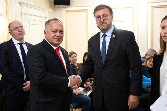 Косачев: Российские парламентарии готовы оказывать поддержку коллегам из Венесуэлы