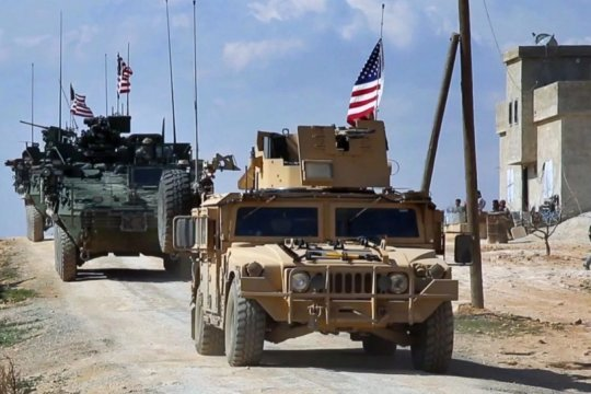Американские войска выходят из Сирии в Ирак