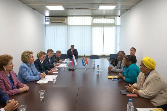 Состоялась встреча Председателя СФ В. Матвиенко с Председателем Национальной ассамблеи Парламента ЮАР Т. Модисе