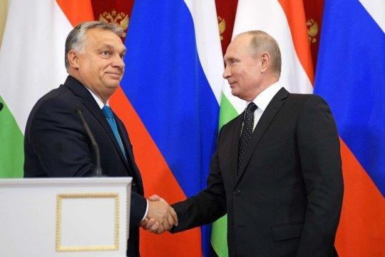 Владимир Путин прибыл в Венгрию