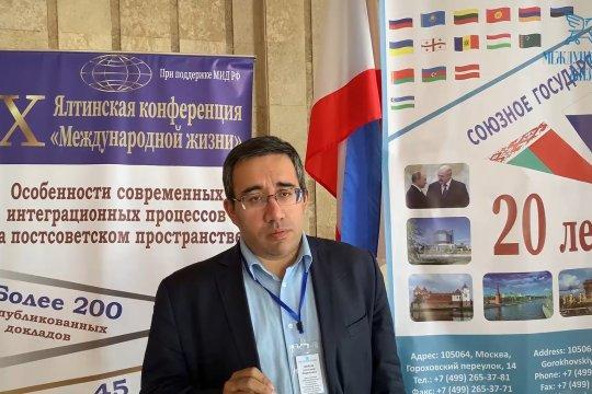 Александр Дюков: на Украине националистическая историческая политика является причиной гражданского конфликта