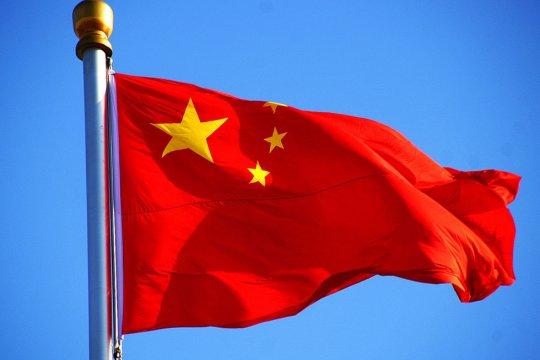 Китай не будет участвовать в российско-американских переговорах по ядерному разоружению