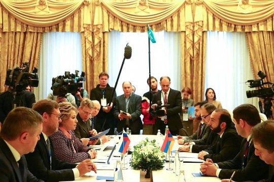 Председатель СФ, Председатель Совета МПА СНГ В. Матвиенко встретилась с Председателем Сената Парламента Узбекистана Т. Нарбаевой