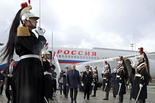 Владимир Путин прибыл во Францию для участия во встрече в «нормандском формате»