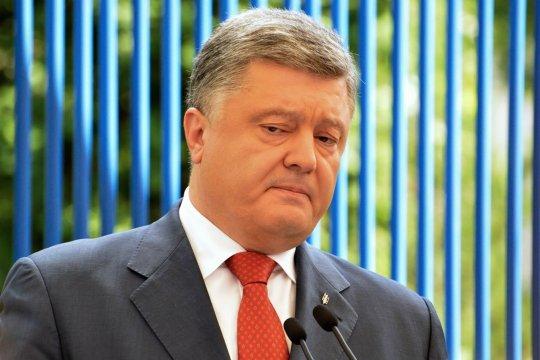 Порошенко посоветовал Зеленскому избегать встречи с Путиным один на один