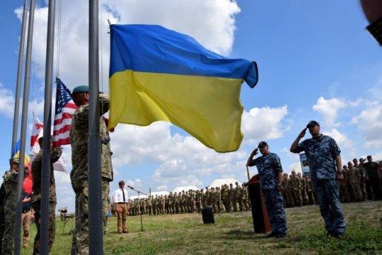 НАТО собралась давить на Россию через… Украину?