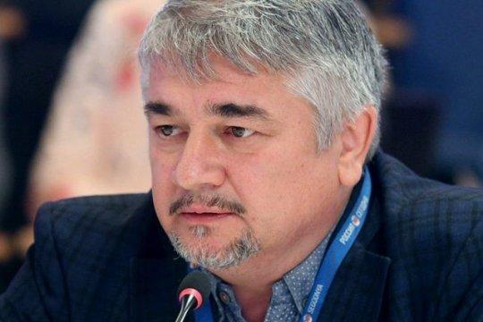 Ростислав Ищенко: Внутреннее и внешнее положение Украины ухудшается с каждым годом