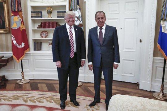 Помощник президента США не исключил встречу Лаврова и Трампа