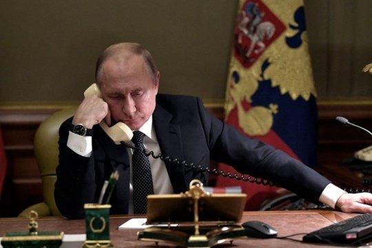 Владимир Путин провел телефонный разговор с премьер-министром Италии Джузеппе Конте