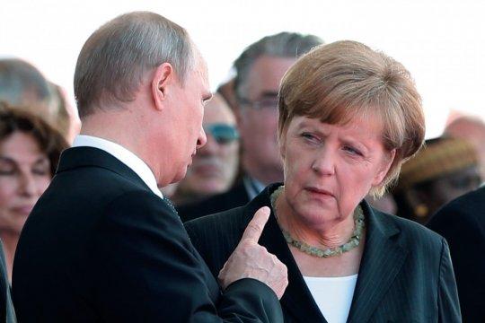 Опрос: Путин и Меркель будут ведущими мировыми политиками в 2020 году