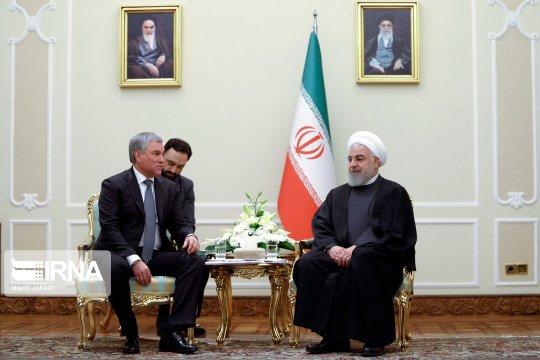 Роухани: российско-иранские отношения развиваются вопреки воле США