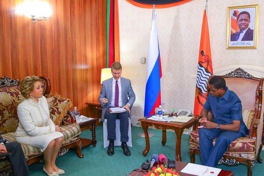 Состоялись переговоры Председателя Совета Федерации В. Матвиенко и Президента Республики Замбия Э. Лунгу
