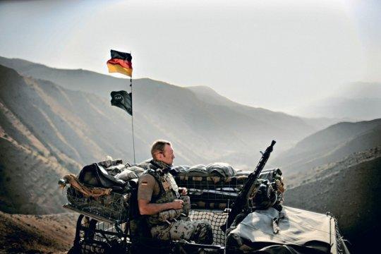 Правительство ФРГ решило продлить миссию бундесвера в Афганистане