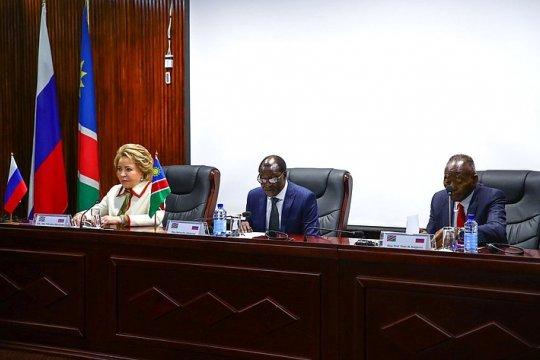 Председатель СФ В. Матвиенко выступила с речью перед депутатами обеих палат Парламента Намибии