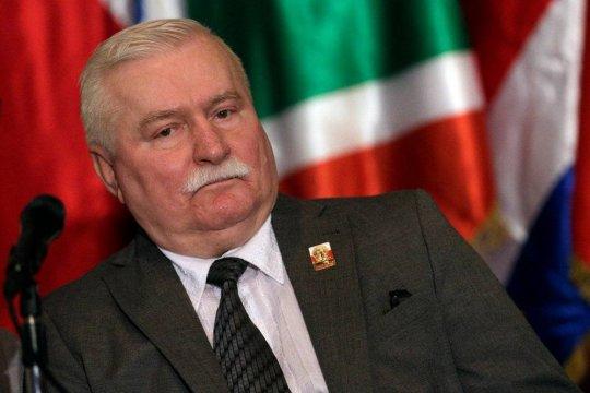 Валенса призвал урегулировать исторические разногласия между Польшей и Россией
