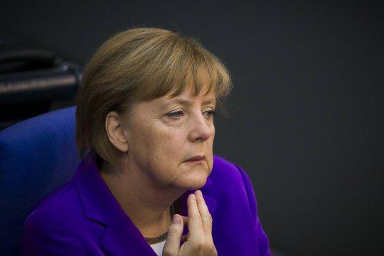Меркель официально объявила о закрытии границ Евросоюза
