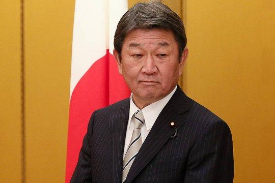 Глава МИД Японии предрек мировой экономике тяжелейший кризис