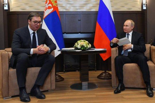 Россия направит в Сербию специалистов для борьбы с коронавирусом