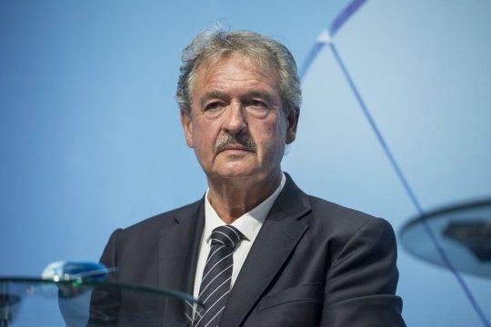 Глава МИД Люксембурга призвал отправить Венгрию на