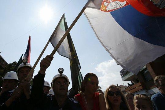 США пытаются «приручить» Косово