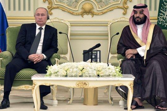 Путин обсудил с наследным принцем Саудовской Аравии ситуацию на нефтяных рынках