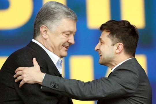 Бурлеск длиною в год: Самая долгая реприза Владимира Зеленского