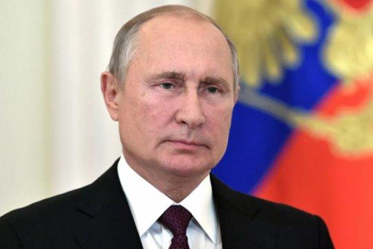 Путин поздравил лидеров и граждан иностранных государств с юбилеем Победы