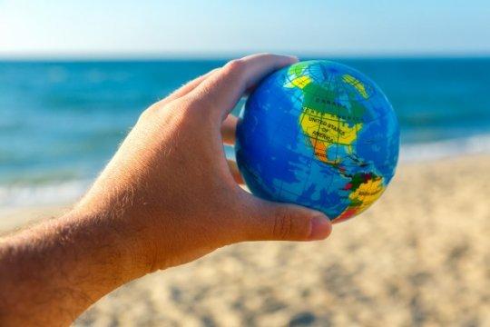 «Осыпающийся мир» и угроза нового варварства