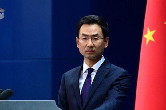Китайские власти ввели санкции против ряда американских чиновников из-за Гонконга
