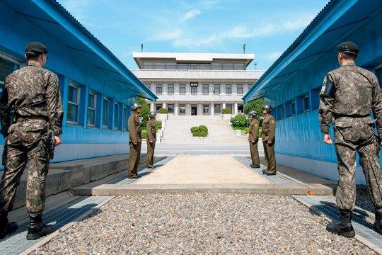 В Сеуле сообщили о подрыве в КНДР совместного узла связи