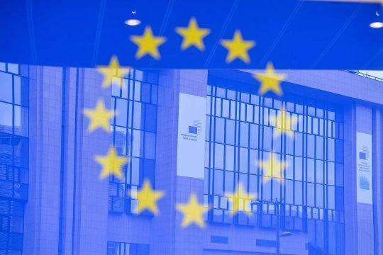 Саммит ЕС: борьба вокруг планов спасения экономики обещает быть жаркой