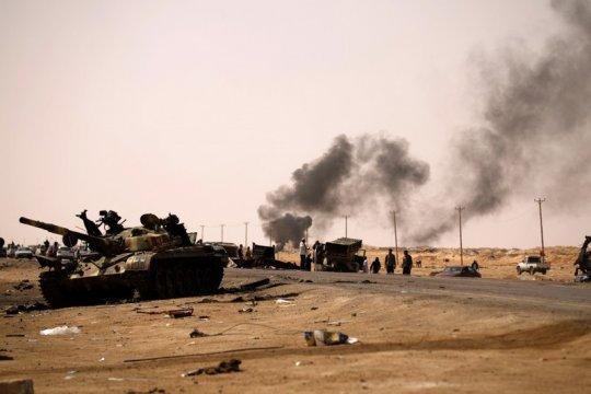 Ишингер: ЕС должен пригрозить применением военной силы в Ливии
