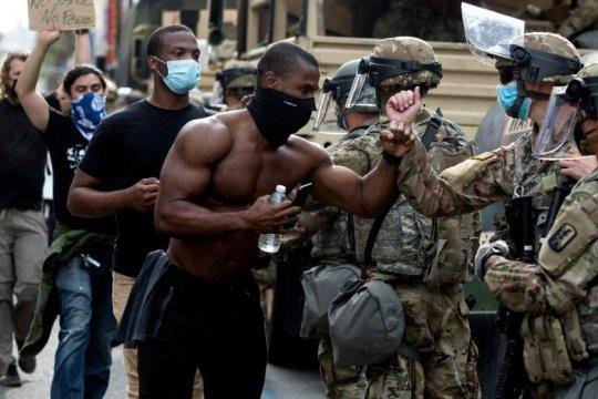 Американские генералы раскритиковали идею Трампа об использовании армии внутри США