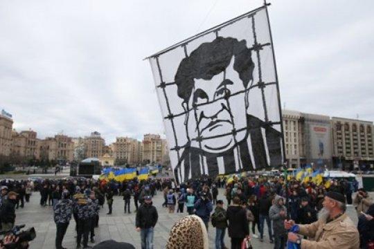 Самый непойманный преступник: судьба двух десятков уголовных дел против Порошенко