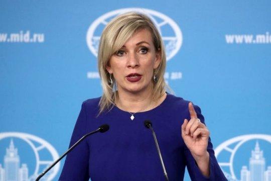 Мария Захарова: НАТО поощряет деструктивный курс Киева